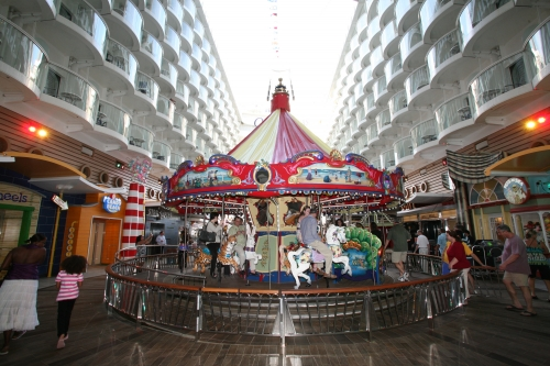 Oasis of the Seas - Carrusel